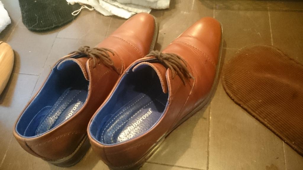 靴磨き (13)